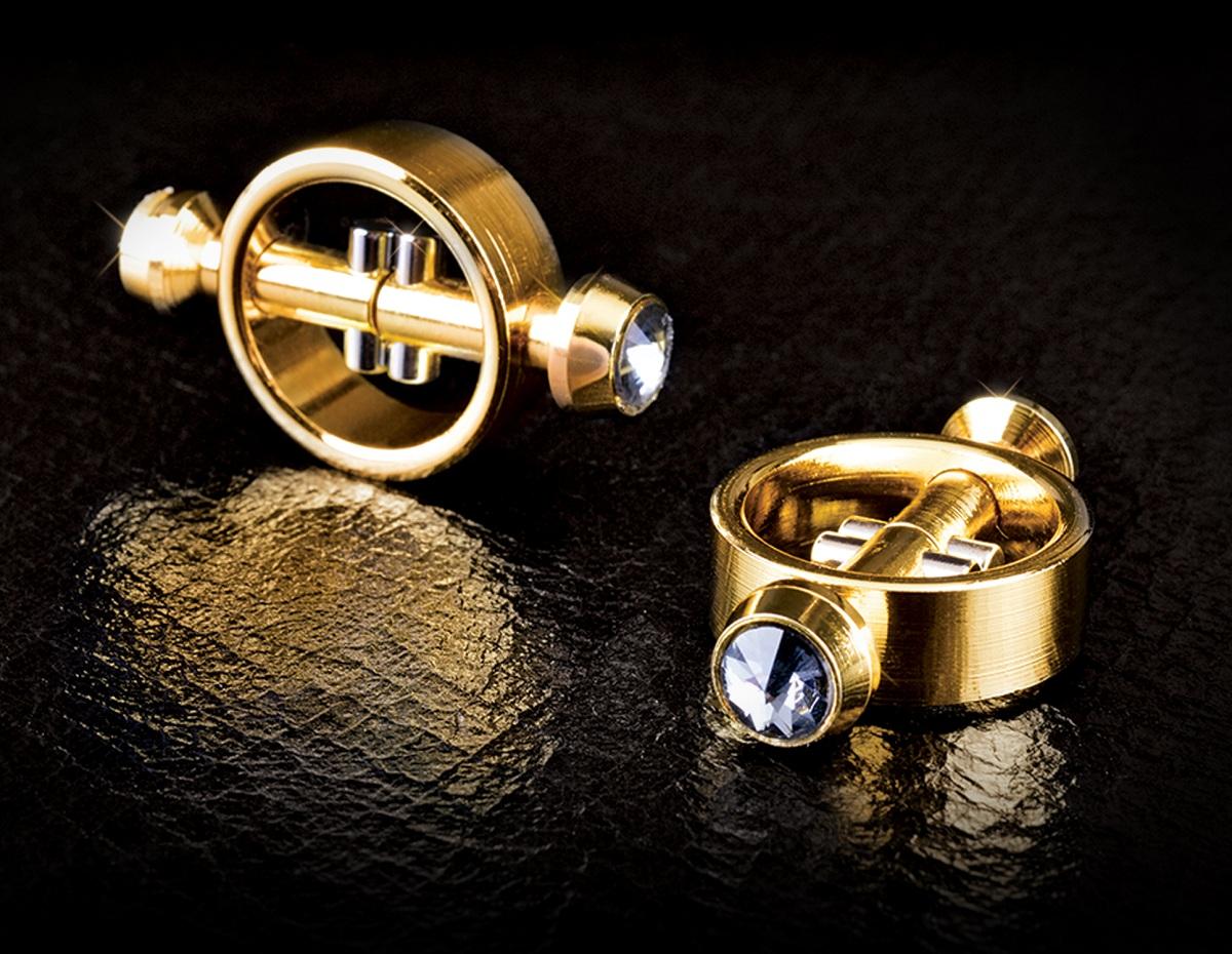 Золотистые зажимы на соски на магните Magnetic Clamps