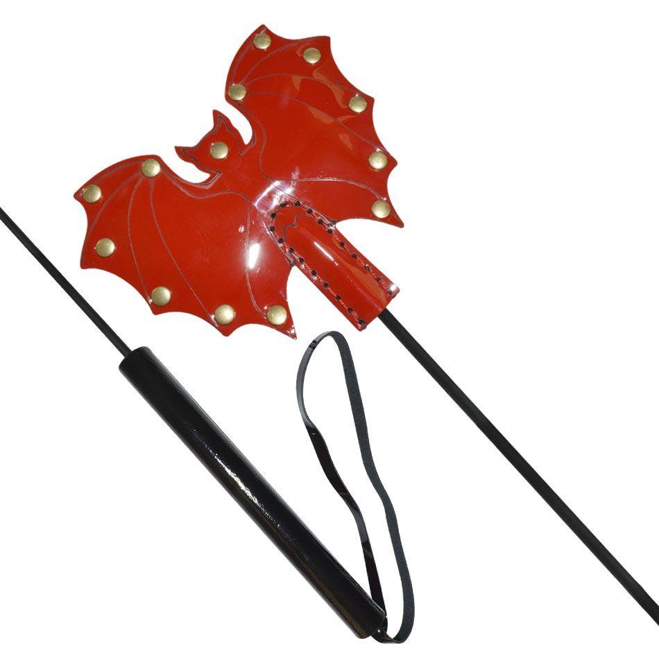 Стек с красным лаковым кожаным шлепком в виде летучей мыши - 60 см.