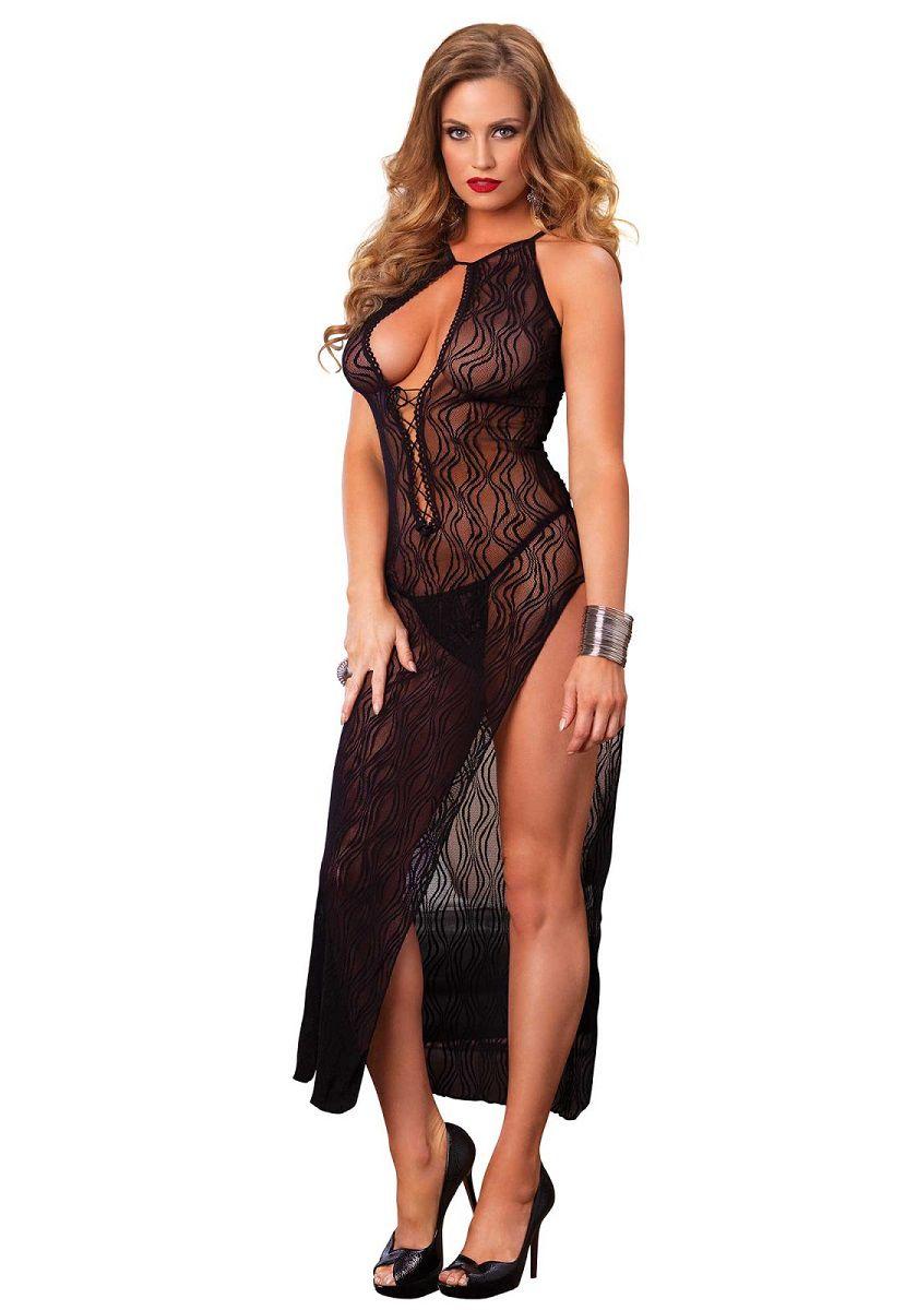 Кружевное платье с пикантным разрезом