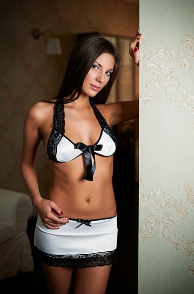 Комплект белья Isabelle: лиф и юбка