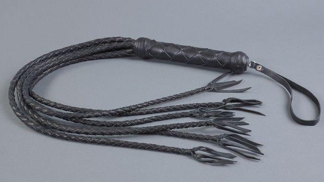 Чёрная 6-хвостая плеть - 80 см.
