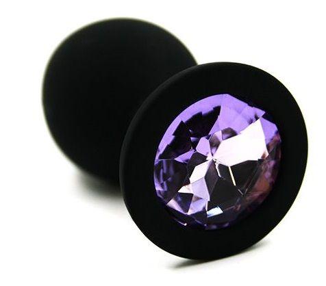 Чёрная силиконовая анальная пробка с светло-фиолетовым кристаллом - 7 см.