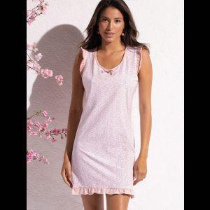 Короткая женская сорочка с рюшами