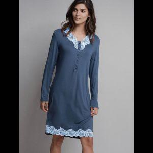 Эффектная женская сорочка с длинным рукавом