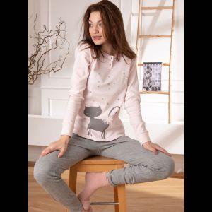 Милая пижама с кошечкой и серыми брючками
