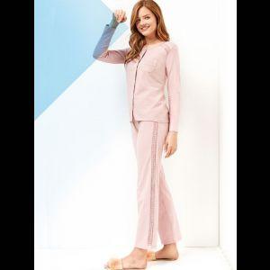 Нежная пижама из вискозы на пуговках