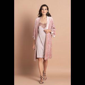 Велюровый халат средней длины с атласной отделкой