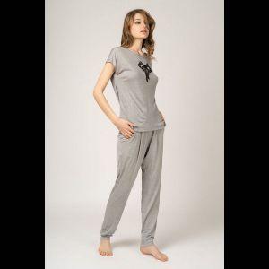 Легкая пижама в непринужденном стиле из вискозы