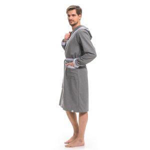 Мужской халат с запахом и карманами